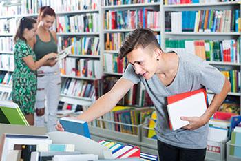 Ação arrecadação de material escolar