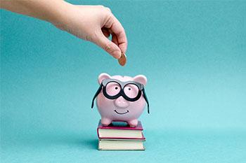 Gincana colaborativa com crianças com o tema de educação financeira
